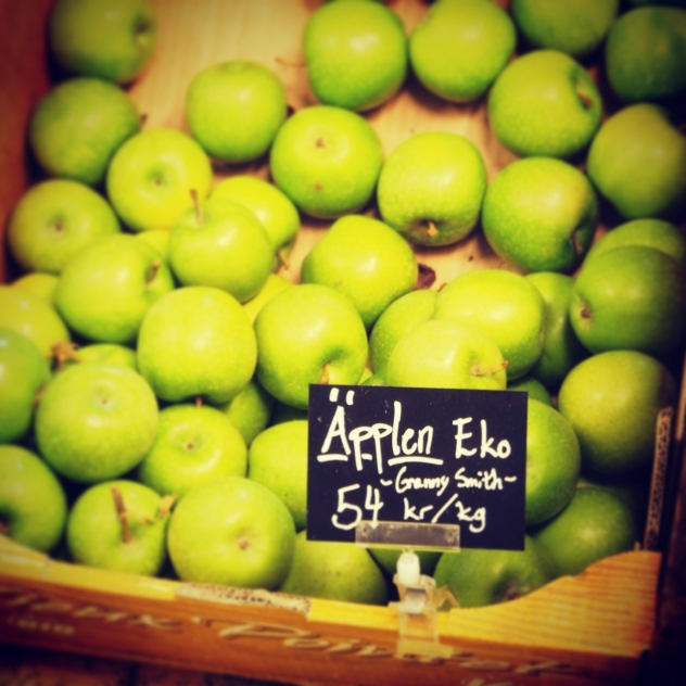 denmark-organic-apples